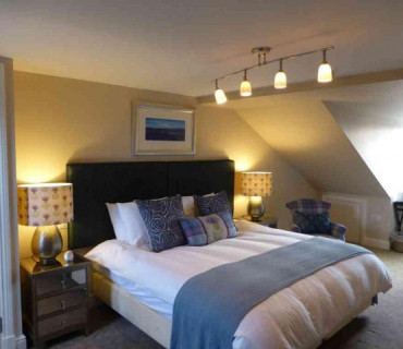 Twin En-suite Room (inc. Breakfast) R7