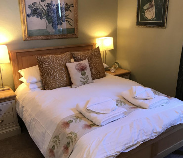 Double En-suite Room (inc. Breakfast) R2
