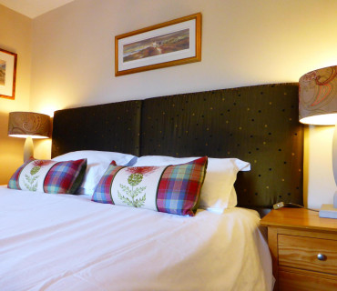 Double En-suite Room (inc. Breakfast) R4