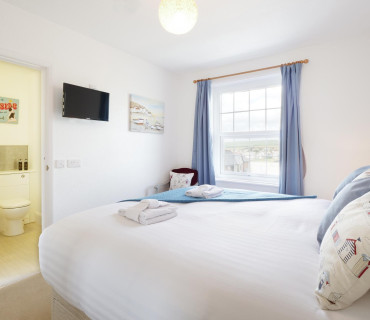 Double/Twin En-suite Room Single Occupancy