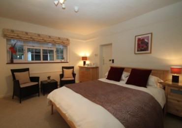 Double room with En suite shower room