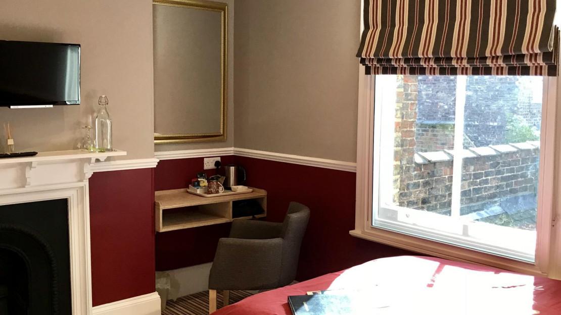 Room1a.jpg_1518710561