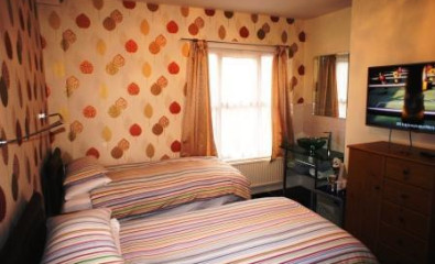 Family Room 3 x single beds (inc. Breakfast)