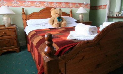 Loch-view Double En-suite Room (inc. Breakfast)