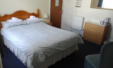 Room 10 Double En-suite Room (inc. Breakfast)
