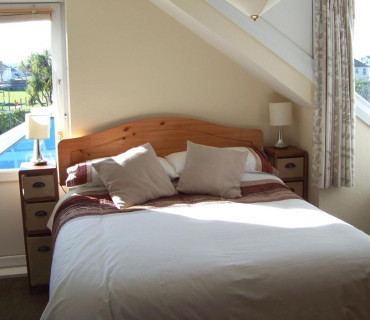 Double En-suite Room with Sea View (inc. Breakfast)