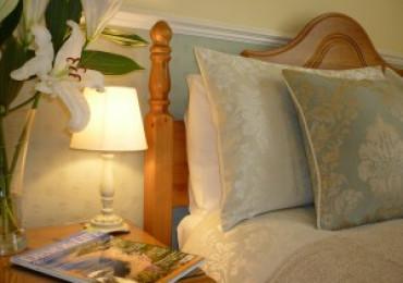 Superior Large Double En-suite Room (inc. Breakfast)