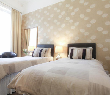 7 Nights Or More Offer - Large Ground Floor Twin/double En-suite Room (inc. Breakfast) (2 Adults, 0