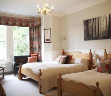 Large Family En-suite Room (inc Breakfast)