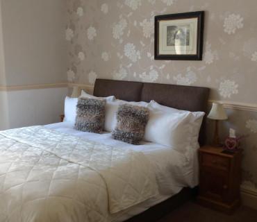 Room 1 - Double En Suite Room (inc Breakfast)