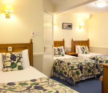 Triple En-suite Room (inc Breakfast)