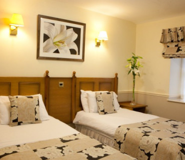 Twin Room En-Suite (inc. Breakfast)