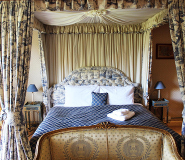 Four-Poster En-Suite Room