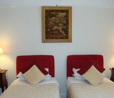 Deluxe Twin or Double En-suite Room