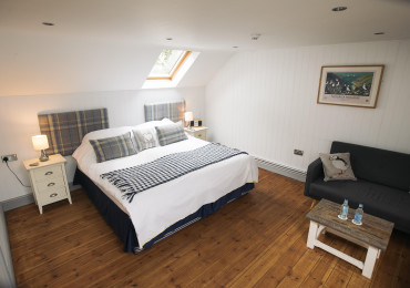 Double En-suite Room 2 adults (inc. Breakfast)