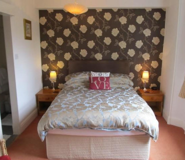 Spacious Double/Twin En-Suite Room (inc. Breakfast)