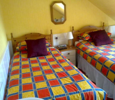 Twin Room With Shared Shower Room(inc breakfast)