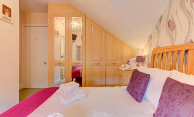 Double Room (inc. Breakfast)