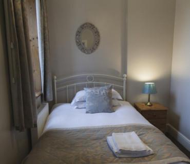 Single Room - En-suite