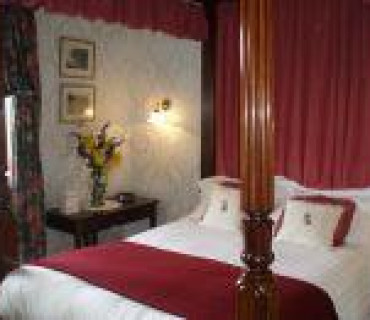 Four Poster Double En-suite Room