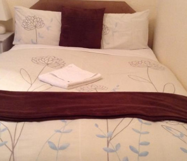 Double Room (shared facilities) (inc. Breakfast)