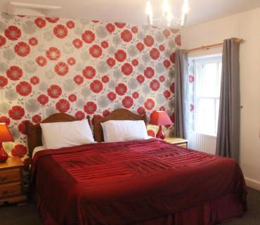 Twin Superior En-suite Room (inc Breakfast)