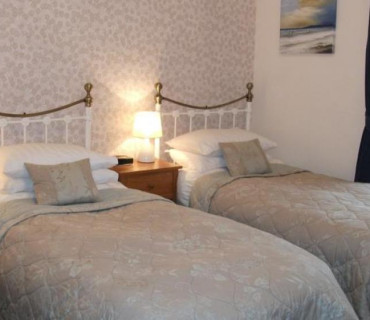 Twin Beds, En-Suite, 1st floor (Room 5)
