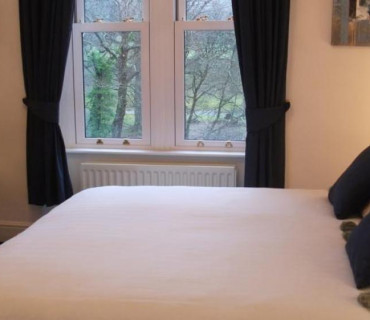 Single Occupancy, King Size Bed, En-Suite, 1st Floor (Room 4)