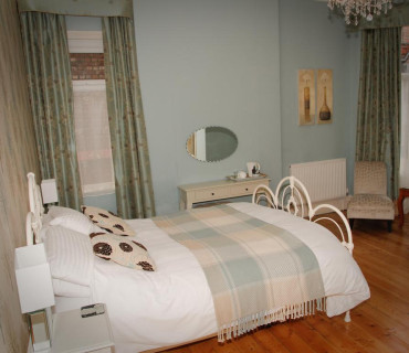 Ground Floor Double En-Suite Room (inc. Breakfast)